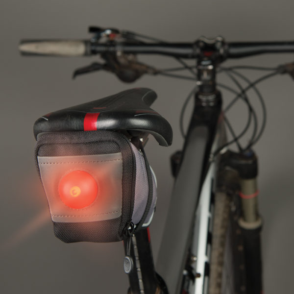NiteIze SaddleLit Bike Bag-LED valgustusega rattakott